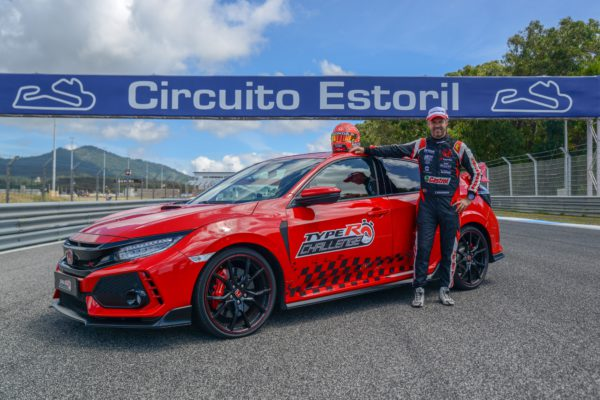 624-type-r-challenge-el-civic-type-r-y-tiago-monteiro-baten-nuevo-record-en-estoril_01