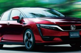 Honda-Clarity_Fuel_Cell-2016