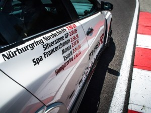 Honda Civic Type R sets new benchmark time at Hungaroring with Honda?s WTCC driver Norbert Michelisz
