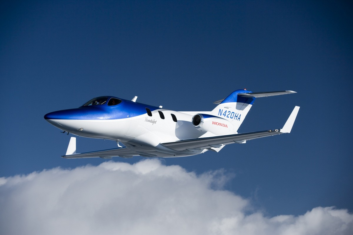 Three, two, one… out! Despega el HondaJet
