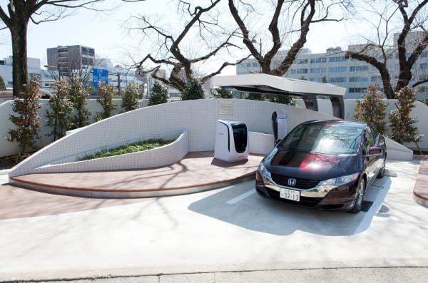 20625_Solar_Hydrogen_Station_in_Saitama