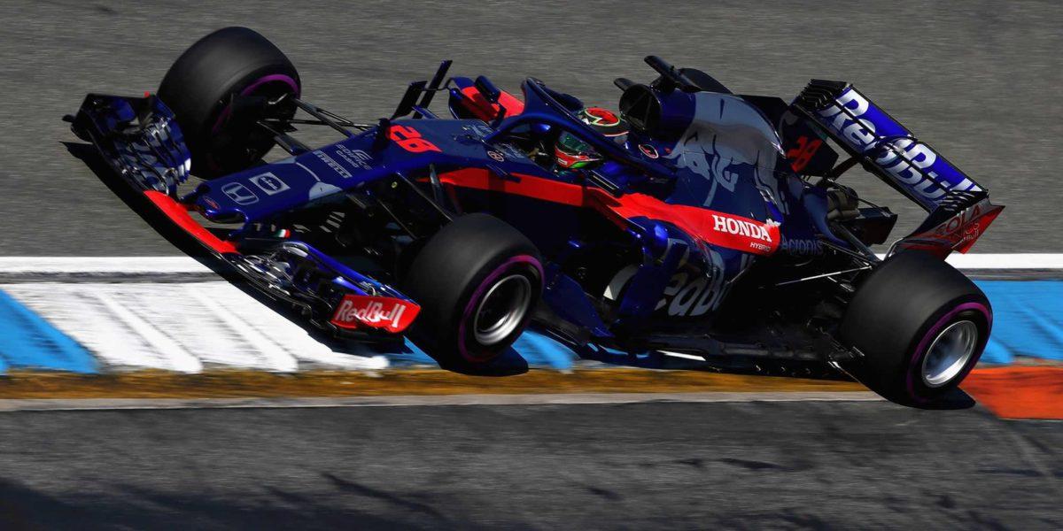 Red Bull Toro Rosso Honda levanta cabeza y entra en los puntos