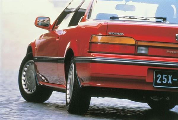 Una de las novedades que introducía el Honda Prelude del 1988 era el nuevo sistema 4WS (four wheel steering system).