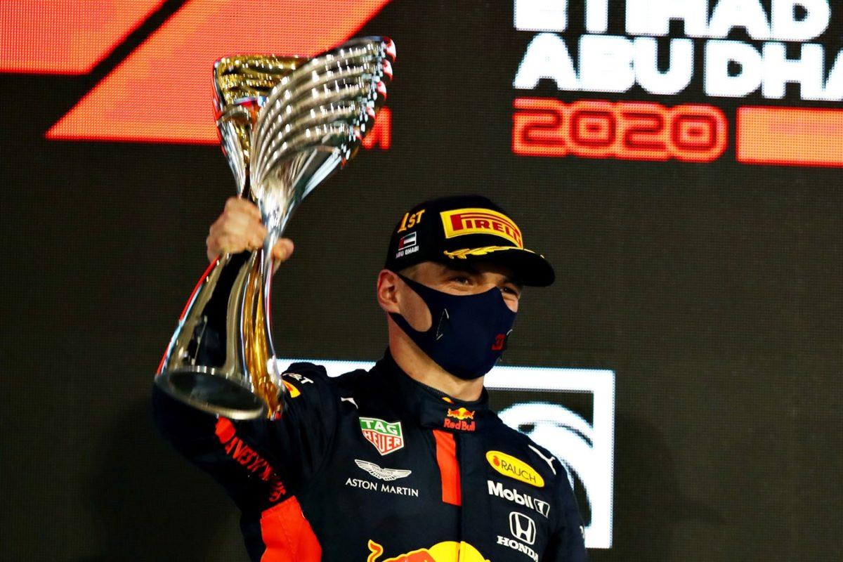 Honda cierra la temporada de F1 con victoria de Verstappen y tres pilotos con puntos